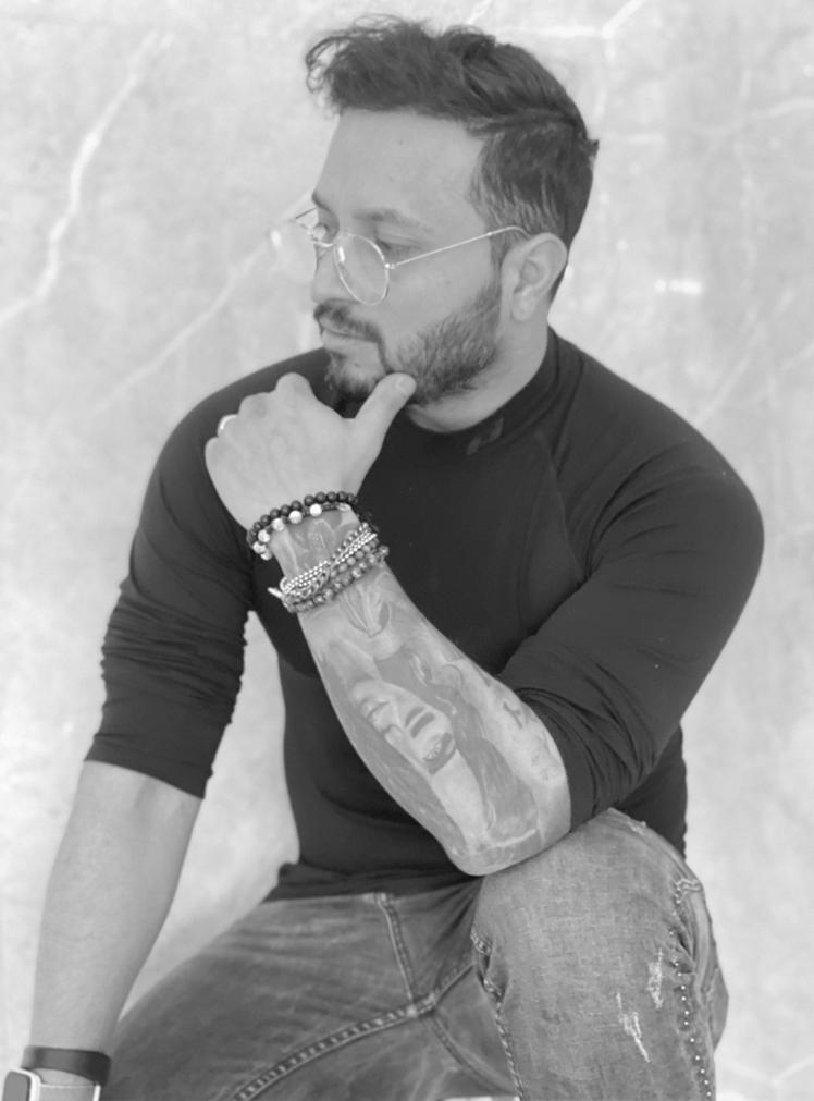 chico-tattoo-migliori-tatuatori-roma-homepage-img-in-bianco-e-nero-alt