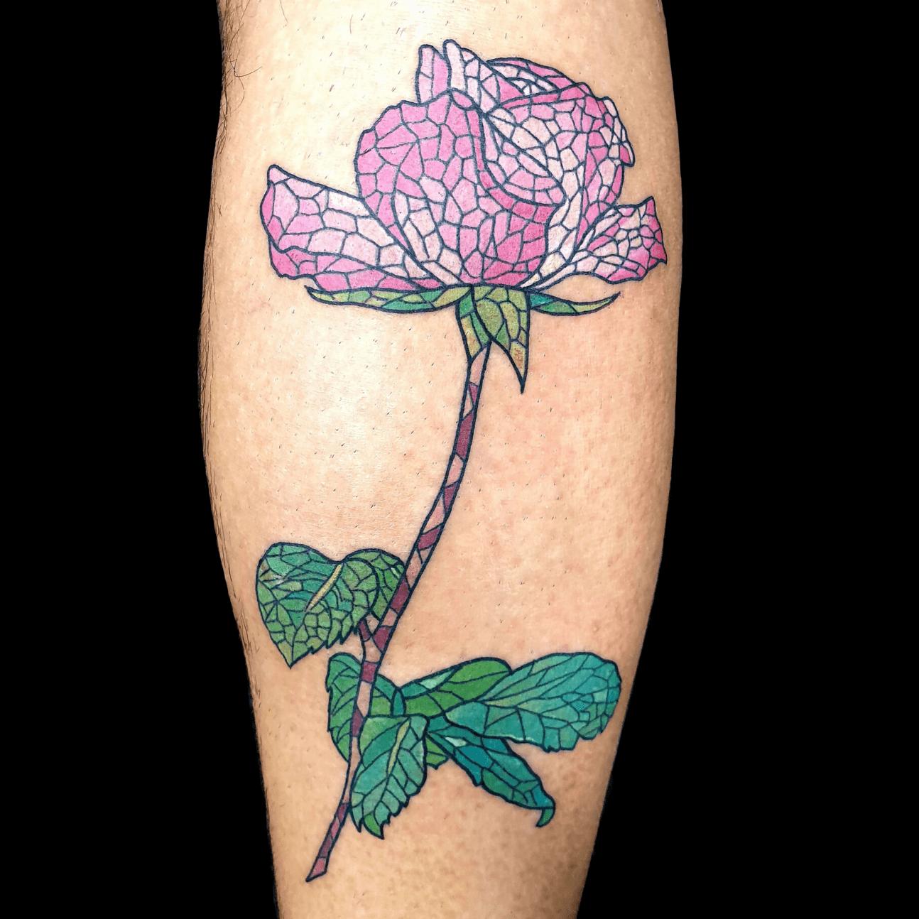 Rosa tatuaggio stile mosaico alt