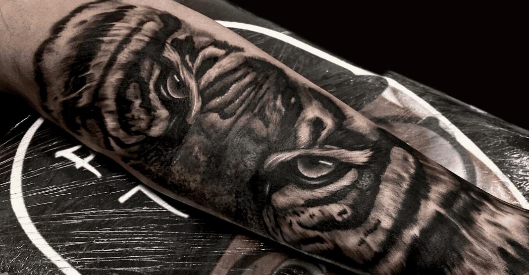 Tigre-tatuaggio-black-and-grey-alt