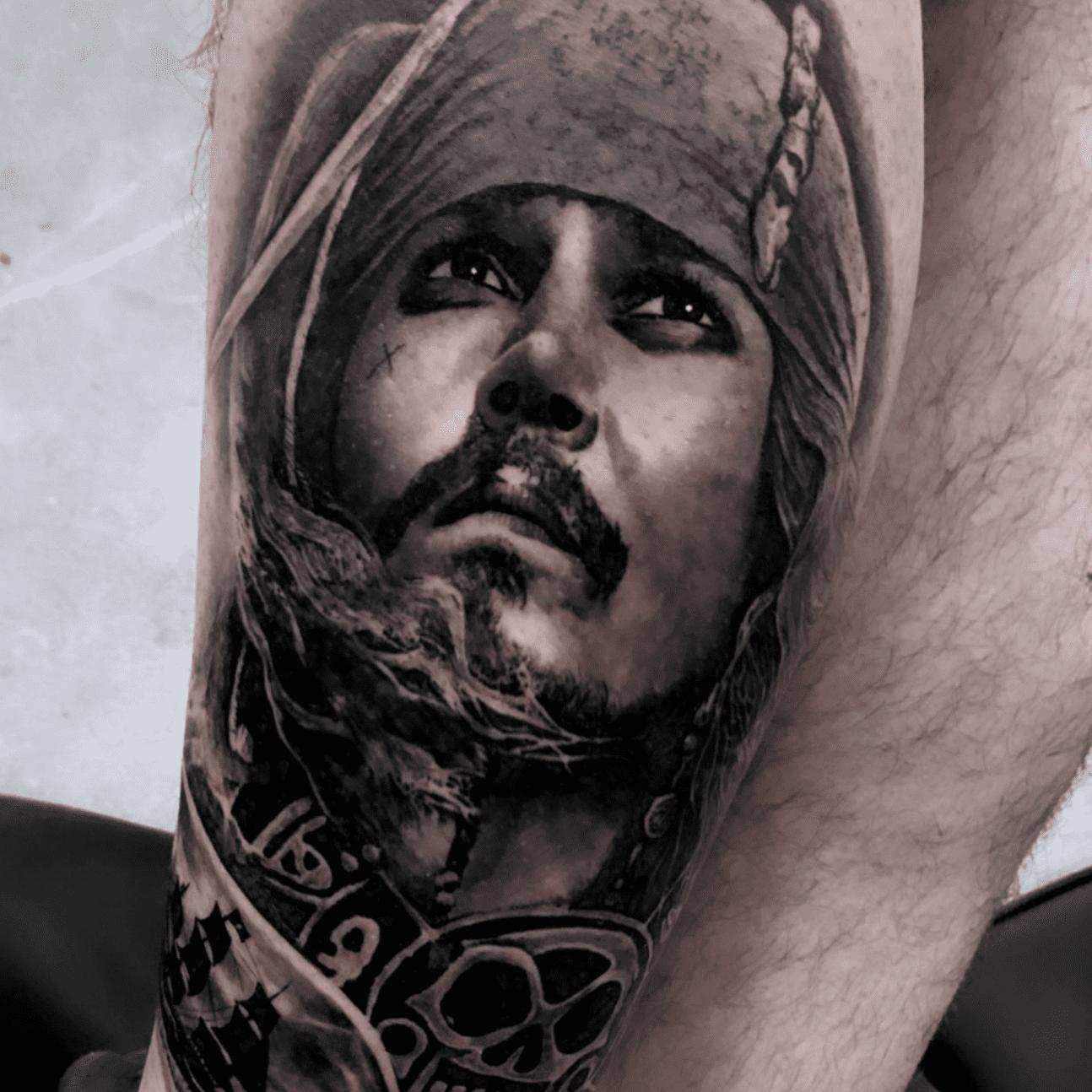 Tattoo realistici a Roma: Jack Sparrow